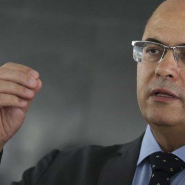 Witzel diz que interferência de Bolsonaro na PF está 'oficializada'