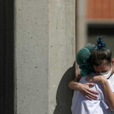 Segunda cidade com mais mortes por Covid no Rio, reabre comércio