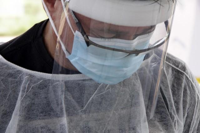 Governo encaminha projeto criando indenização de R$ 300 a servidores que atuam contra o Coronavírus