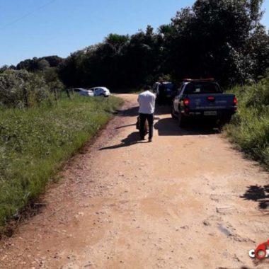 Corpo de homem é encontrado com perfurações à bala na zona rural