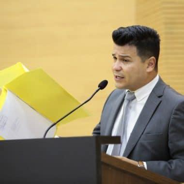 Deputado Marcelo Cruz agradece à compreensão do Corpo de Bombeiros pela reabertura das igrejas, em Ji-Paraná