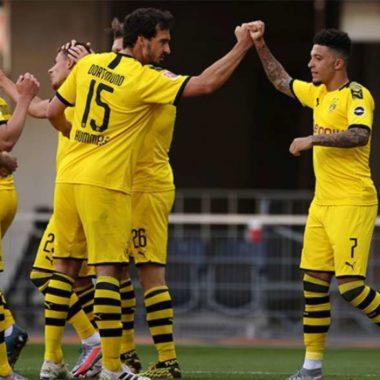 Jogadores do Borussia Dortmund podem ficar em quarentena após receberem visita de cabeleireiro