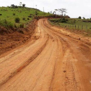 Regional do DER executa a recuperação da RO-420 entre Buritis e Nova Mamoré