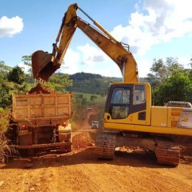 Governo de Rondônia recupera RO-383 no trecho que liga Alta Floresta d'Oeste ao distrito de Nova Geasa
