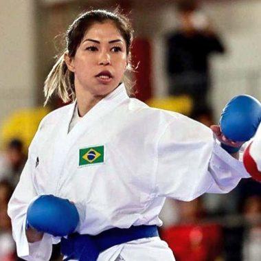De olho em Tóquio, carateca treina com atletas da seleção de taekwondo