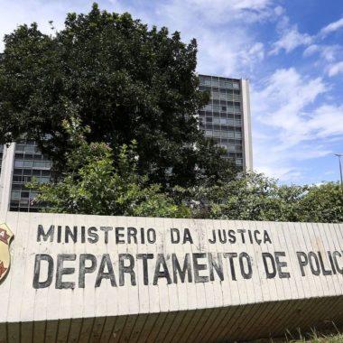 Polícia Federal cumpre mandados em ação sobre atos antidemocráticos em 6 estados