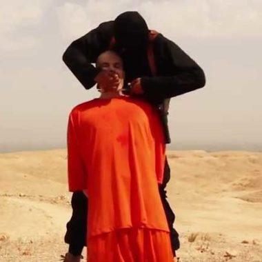 Sacerdote faz sacrifício decapitando homem em ritual satânico, pelo fim do Covid-19 e é preso