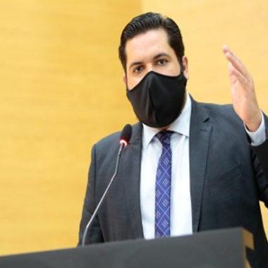 CORONAVÍRUS – Com 70% dos pulmões comprometidos, Deputado Jean Oliveira vai para UTI