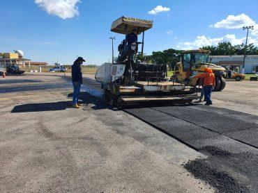 Governo de Rondônia recupera revestimento asfáltico do aeroporto em Vilhena