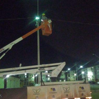 Emdur atende pedido do vereador Márcio Pacele e conclui reparos nos pontos de iluminação pública no residencial Porto Belo II