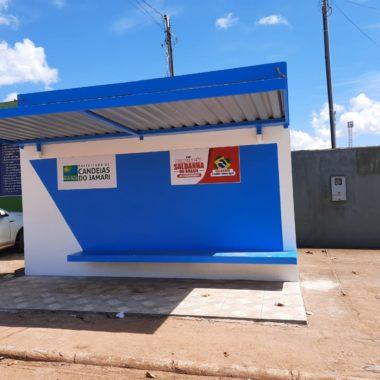Prefeitura de Candeias em parceria com empresas revitaliza pontos de ônibus