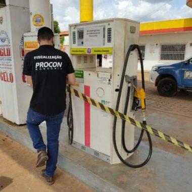 Procon interdita posto que vendia gasolina de bandeira diferente em Porto Velho