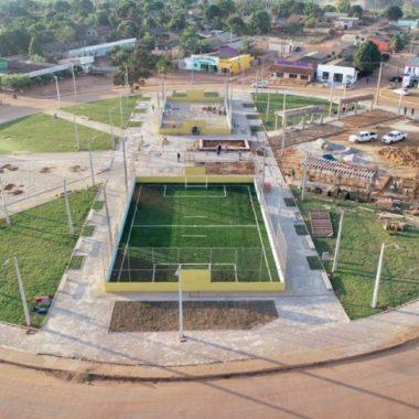 Governo investe e distrito de União Bandeirantes ganha praça pública para lazer e prática de atividades esportivas