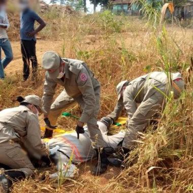 Servidor da Energisa fica gravemente ferido em acidente de moto