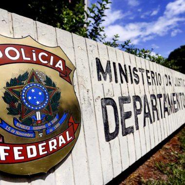 Polícia Federal cumpre 36 mandados de prisão em oito estados e no DF