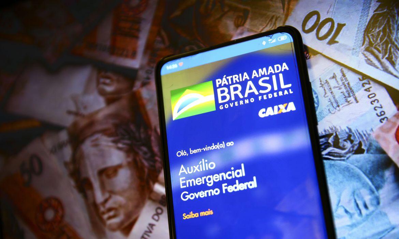 Caixa paga hoje auxílio emergencial para nascidos em fevereiro