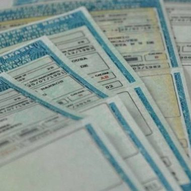 Câmara aprova CNH com validade de 10 anos e até 40 pontos no prontuário