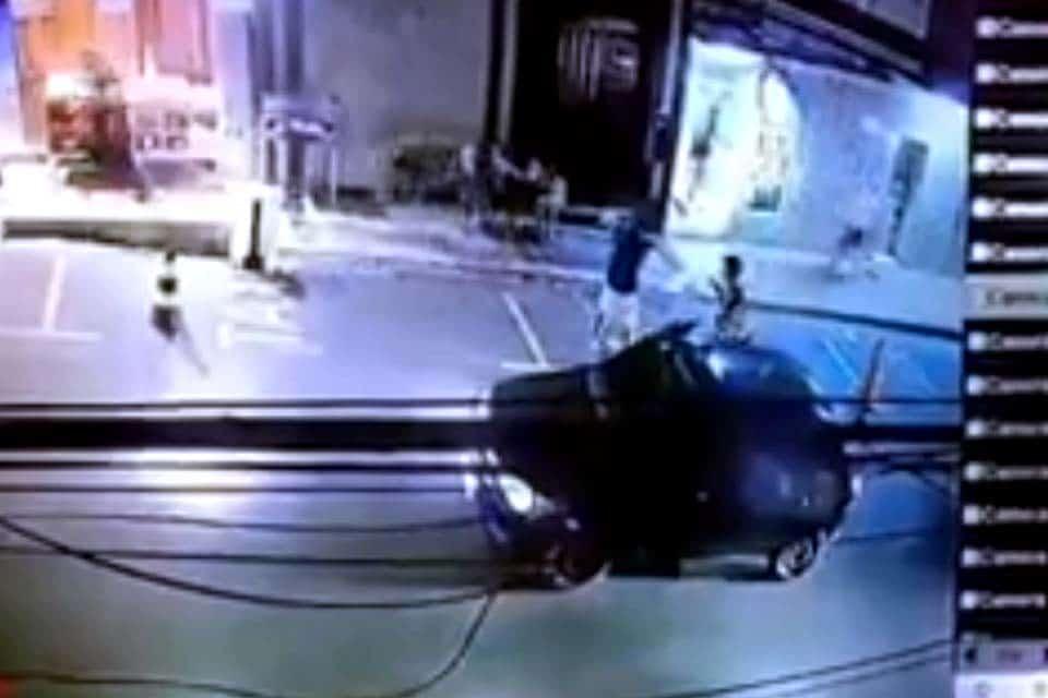 Mulher grávida é executada na frente de amigos com vários tiros na região central – VEJA MOMENTO