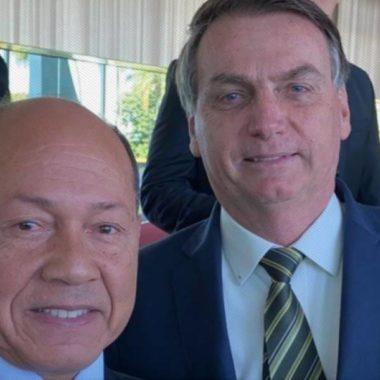 """SEM MORAL – Em vídeo, Bolsonaro esculhamba deputado federal de Rondônia: """"apesar de ser coronel, esse cara apoia o MST"""" – VEJA VÍDEO"""