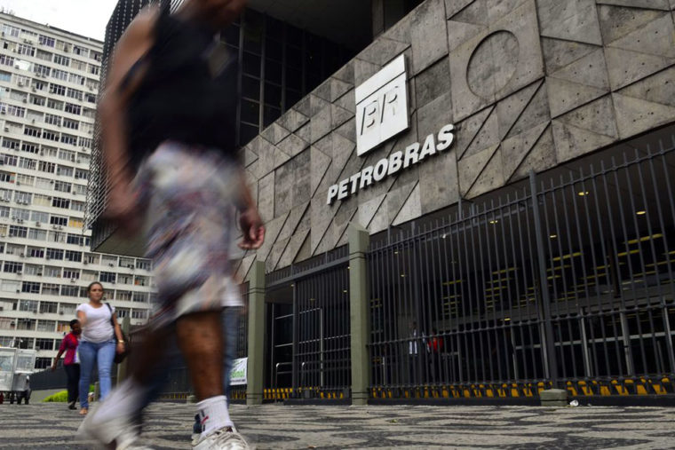 Presidente da Petrobras considera excelente resultado do 3º trimestre