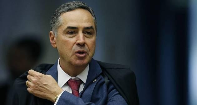 Barroso decide afastar Chico Rodrigues, do dinheiro nas nádegas, do Senado