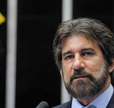 STF define pena de 7 anos e 6 meses para ex-senador Valdir Raupp por corrupção e lavagem
