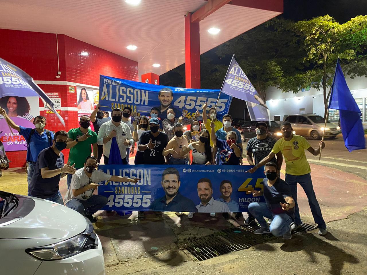 Candidato Alisson Sandubas realiza pit stop´s e caminhadas em Porto Velho