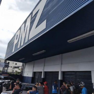VIOLÊNCIA – Traficante é executado a tiros em frente a loja da Pemaza