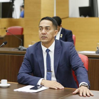 """Projeto de lei do Deputado Eyder Brasil que propõe fim do """"Fura Fila"""" no SUS é apresentado na Assembleia Legislativa"""
