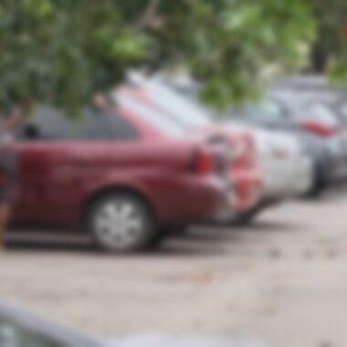 Flanelinha se arrasta no asfalto lutando pela vida; cenas fortíssimas
