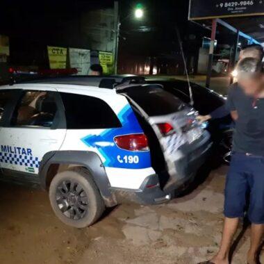 PASSEIO: Dupla é presa transitando com moto roubada na frente do Presídio Urso Branco