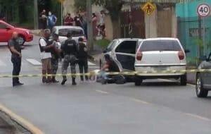 Pedestre é atingido por tiro durante confronto entre PMs e suspeitos a roubo de cargas
