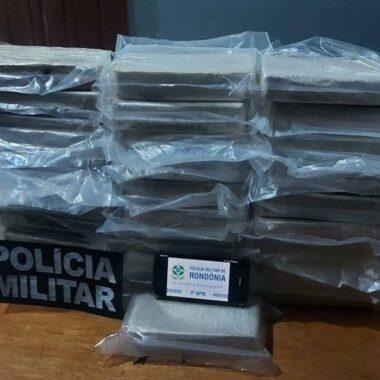 Homem é preso escondendo quase 30 kg de cocaína em lavoura de soja