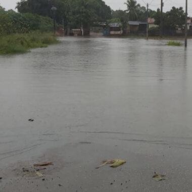 CHEIA DO MADEIRA – Nível do rio transborda e água avança sobre o bairro Cain'água